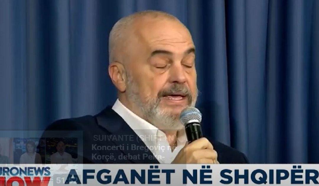 Erdhi qorrfermani nga Tirana…
